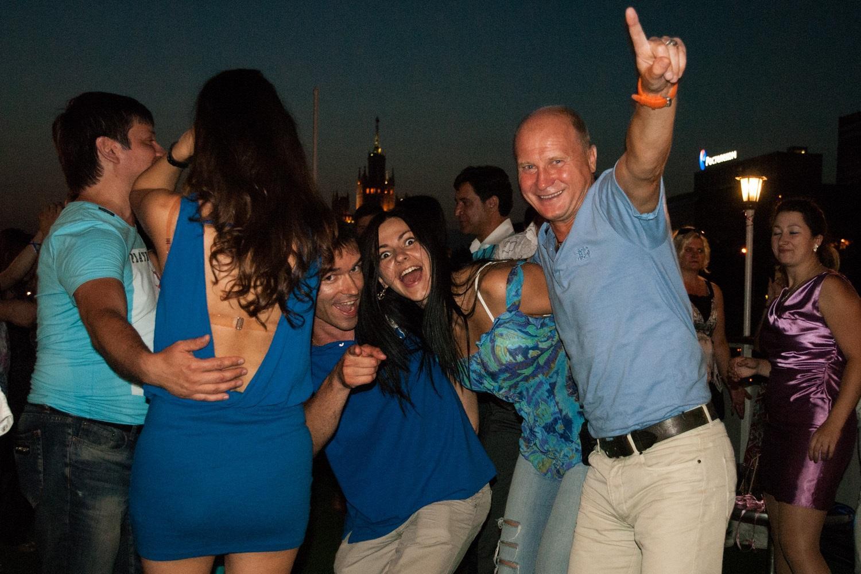 Клубов москве в вечеринки знакомств