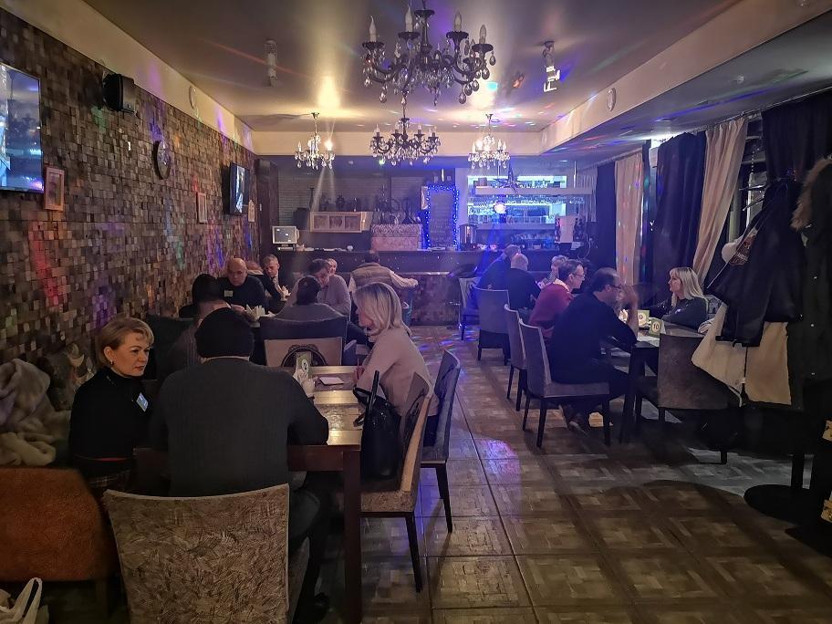 Клубы в москве для знакомств эротические шоу телевидения
